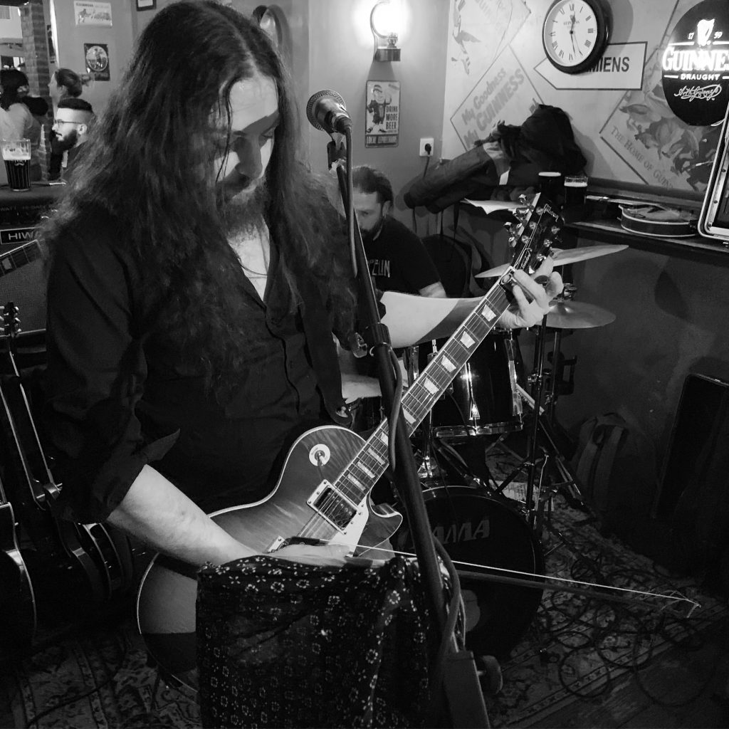 LZ-129 Led Zeppelin Tribute gig in the Irish Pub My Goodness in Amiens